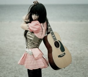 dänische Sängerin und Songwriterin
