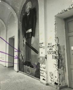 Alle Bilder gibt es bei Branko Senjors Ausstellung im Stadtmuseum