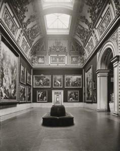 Alte Pinakothek in hostorischen Fotographien