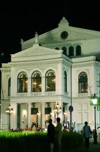 Die Wintersaison am Gärtnerplatztheater in München bietet Highlights wie Hänsel und Gretel