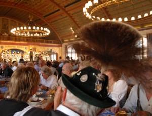 Im Münchner Hofbräuhaus lässt sich gut Silvester feiern