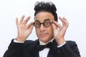 Ed Alonzo ist einer der Weltbesten Comedy Zauberer der Welt und Ende Dezember im Prinzregententheater in München zu Gast