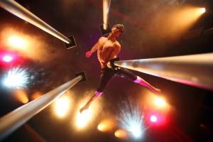 Pavel Stankevych ist einer der Artisten der Varieté-Show Quilitz im GOP Varieté-Theater München