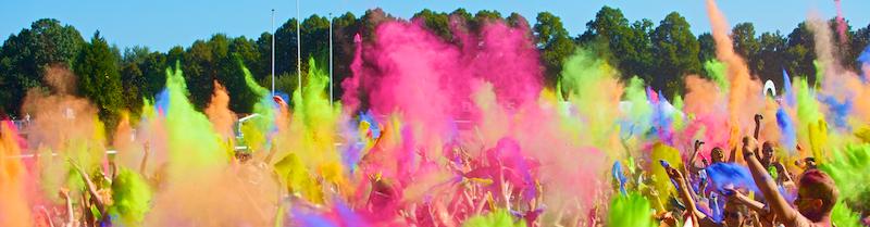 DAs Holi Festival bringt Farbe nach München