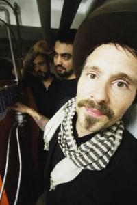 Bayrischer Pop-Poet spielt im Amperere