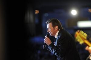 Der beliebte Sänger ist auf Jubiäumstournee