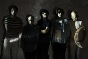 Die schwedische Indiepop-Band Shout Out Louds