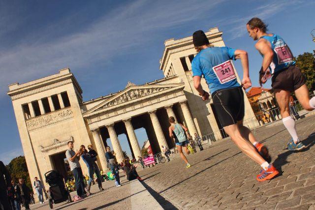 Marathonlauf vorbei am Königsplatz